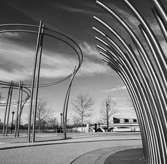 Dry for the winter (GmanViz) Tags: sky blackandwhite bw sculpture 120 6x6 film fountain analog mediumformat hasselblad columbusohio kodaktmax400 500cm gmanviz sciotomile zeissdistagon50mmf4