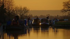 1220-50L (Lozarithm) Tags: foxhangers caenhill landscape canals people kennetavon k50 55300 hdpda55300mmf458edwr sunset sunsets justpentax pentax zoom