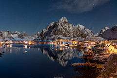 Reine (shaunyoung365) Tags: winter sea mountain snow mountains reflection norway stars sony reine a7rii