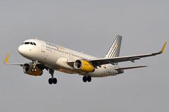 EC-MFL    BCN (airlines470) Tags: airport bcn msn airlines a320 vueling a320200 a320232 6557 ecmfl