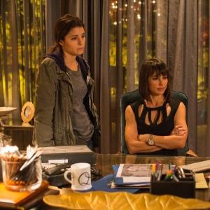 """Série """"UnREAL"""" mostra sensacionalismo e manipulação em reality da ficção"""