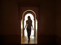 Gabi - Ben Youssef Madrasa (rouxlignes) Tags: girl ben morocco marrakech marrocos youssef madrasa