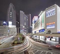 Shinjuku (spiraldelight) Tags: night tokyo shinjuku traffic pano shift  lighttrails  traffictrails lightstream eos5dmkii tse17mmf4l