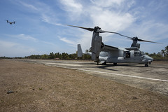 MV-22 Ospreys Conduct a Simulated Airfield Insert During Exercise Balikatan (#PACOM) Tags: philippines sailors gear vessel marines ph usnavy marinecorps staging afp unload palawan balikatan asiapacific shouldertoshoulder bk16 uspacificcommand pacom usphl pacifcmarines pacificrebounce