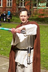 IMG_8953 (Neil Keogh Photography) Tags: fiction red brown white black anime green silver comics grey starwars belt beige pants robe top films science videogames button jedi sword scifi cape sciencefiction lightsaber buckle jediknight starwar jedimaster nwcosplayeastermeet2016