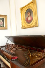 Winnie's Knabe Square Piano (Piedmont Fossil) Tags: home mississippi historic jefferson biloxi davis beauvoir