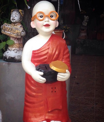 So cute monk #Chiang mai #Chiangmai #travelphotography #placetovisit #photooftheday #buddha #buddhism #monks #thailand #thailandonly #instagood #instatravel #photography #life #peace #temple