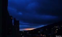Algunas nubes, casi de noche...!!! (MariaTere-7) Tags: la venezuela cielo nubes anochecer pastora nwn caraacas maratere7