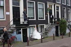 A wedding at Keizersgracht 462 (Davydutchy) Tags: holland netherlands amsterdam canal capital hauptstadt nederland paysbas niederlande gracht hoofdstad