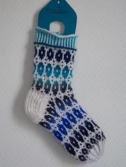 Jglersokkene (osloann) Tags: socks knitting stranded sokker restefest2016 jglersokkene lillcatdesign