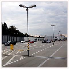 RS_150926_17 58 20 (ralfs-photo) Tags: deutschland grau grafik deu kaiserslautern rheinlandpfalz iphone parkdeck linien hipstamatic