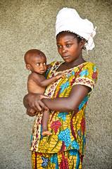 Kongo IV2016 12 (mateuszgasiski) Tags: africa woman child mother hunger fabrics nutrition