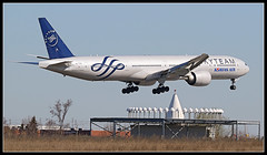 HL7783  Korean Air Lines  Skyteam Livery Boeing 777-300 (Tom Podolec) Tags:  way this all image may any used rights be without reserved permission prior 2015news46mississaugaontariocanadatorontopearsoninternationalairporttorontopearson