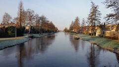 20160118 Molenvaart (2) (GemeenteUithoorn) Tags: winter cold holland ice frozen frost bevroren nederland amstel landschap noordholland ijs koud landschappen waterlijn uithoorn zonsopkomst hollandse vriezen dekwakel dorpscentrum molenvaart