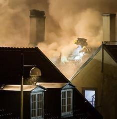nedrefossgrd_brann02 (Eirik Berntsen) Tags: oslo norway fire norge smoke flames firemen foss grnerlkka firefighters brann grd nedre