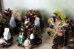 IMG_3810 (camaradecoimbra) Tags: portugal natal navidades merrychristmas christmastime painatal sagradafamlia rainhasanta acadmica joyeuxnoel meninojesus queimadasfitas briosa bolasdenatal mercadodpedrov prespiosartesanais artesosdecoimbra burningribbons