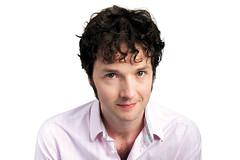 Comedian Chris Addison to perform in The Royal Opera's <em>L'Étoile</em>