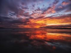 La lanzada............ (T.I.T.A.) Tags: mar playa galicia pontevedra tita reflejos lanzada alanzada lalanzada esapaña carmensolla carmensollafotografía carmensollaimágenes