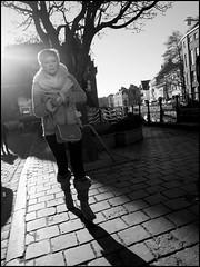 Gent (B) - Grootkanonplein - 2016/01/19 (Geert Haelterman) Tags: blackandwhite white black monochrome belgium candid streetphotography olympus zwart wit ghent gent gand geert streetshot photoderue straatfotografie photographiederue fotografadecalle strassenfotografie fotografiadistrada haelterman omdem10