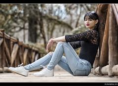 Gema - 2/4 (Pogdorica) Tags: parque chica retrato modelo denim otoo retiro sesion morena gema vaquero posado