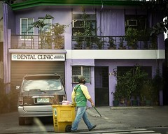 #Purple #house by the #road.  #everydayinstagram #drivebyshooting #street #streetsweeper #colorcontrast #Marikina #Philippines #photographybyrenchi (photographybyrenchi) Tags: road street house purple philippines everyday streetsweeper marikina colorcontrast instagramapp uploaded:by=instagram