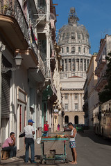 El Capitolio (hectordotlee) Tags: street travel houses urban home architecture canon casa locals market outdoor havana cuba scenic landmark tourist government restoration local stalls attraction lahabana resident 500d canon500d elcapitolio