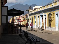 "San Cristóbal de las Casas: la rue Real de Gadalupe <a style=""margin-left:10px; font-size:0.8em;"" href=""http://www.flickr.com/photos/127723101@N04/25616274821/"" target=""_blank"">@flickr</a>"