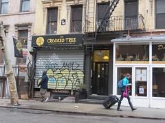 Space Invader NY_165 (tofz4u) Tags: street nyc people usa streetart ny newyork caf bar tile graffiti restaurant mosaic tag unitedstatesofamerica spaceinvader spaceinvaders loureed shutter invader rue mosaque creperie crookedtree artderue tatsunis ny165