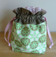 Amy Butler Lined Drawstring Bag (alidiza) Tags: daisychain amybutler lineddrawstringbag incolororder