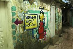 Colorful wall / Parede as cores (Feinblick) Tags: rio brasil riodejaneiro brasilien favela rocinha favelarocinha