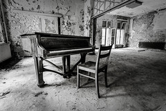 Dusty Motes (Flash and Blur) Tags: monochrome germany notes piano urbex grandpiano