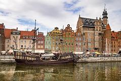 Gdansk Port - #m43turkiye (Ciddi Biri) Tags: city architecture port ship outdoor kitlens gdansk seaport mimari galleon woodenship medievaltime kalyon citywaterfront epl3 penepl3 1442rii m43turkiye