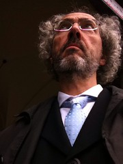 Raritt: Selfie mit Schlips (NiceBastard) Tags: munich mnchen krawatte anzug selfie abendgarderobe bmwwelt nicebastard dorinpopa felixburdaaward