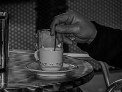 Un caf solo (Luicabe) Tags: caf metal exterior ngc alimento mano luis plato taza mesa terraza zamora cermica cabello cuchara yarat1 enazamorado luicabe
