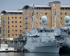 FGS Siegburg M1098 (6) @ WID 16-04-16 (AJBC_1) Tags: uk england london boat ship unitedkingdom military navy vessel docklands canarywharf nato warship minesweeper eastlondon mcv nikond3200 germannavy navalvessel westindiadock deutschemarine minehunter m1098 minecountermeasuresvessel 3minensuchgeschwader ensdorfclassminesweeper dlrblog ajc bundeswehrnavy fgssiegburg 3rdgermanminesweepingsquadron