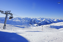 Roc 2 chairlift (A. Wee) Tags: france alps trail skiresort chairlift lesmenuires  troisvalles  les3valles roc2 3marches