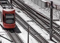 FGV 4200 (victor_chs) Tags: light blackandwhite bw orange white black byn blancoynegro blanco grey gris metro negro tracks tram rail outlook naranja bombardier 4200 fgv ligero tranva flexity