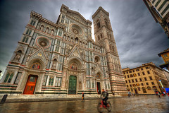 Catedral de Santa Mara de la Flor, Flonrencia (Chodaboy) Tags: italien italy saint canon photo florence italia cathedral mary kathedrale catedral iglesia panoramic 1d panoramica tuscany florencia firenze toscana fachada gaspar hdr toskana cattedrale palazzovecchio gotico panormica florencecathedral santamariadelfiore gtico photomatix  canon1d cattedraledisantamariadelfiore   chodaboy toscanaitalia canonistas florenciaitalia saintmaryoftheflowers  catedraldesantamariadelfiore santamaradelaflor panoramicahdr    toscanaitaliana catedraldesantamaradelaflor cathedral flowerscathedral