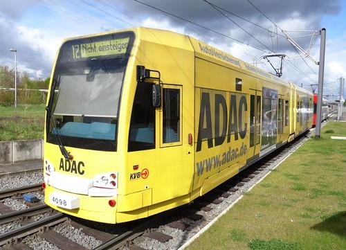 KVB Tramset N° 4098.
