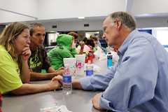 12-26-2015 Governor Bentley tours Elba, talks with flood victims