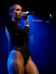 Niykee Heaton 12/18/2015 #14 (jus10h) Tags: show music photography losangeles concert theater tour theatre live gig performance event elrey wilshire 2015 thebedroom caliornia justinhiguchi niykeeheaton thebedroomtour