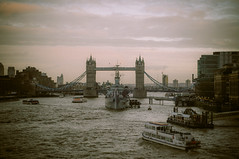 London ( Nino) Tags: bridge london tower love film field thames analog 35mm canon river dead 50mm is nikon shoot dof bokeh s londres mm manual nikkor 50 35 depth ai londonstreets f12 londoners londoner londonist bokehlicious f12s