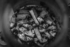 Ascher (Zesk MF) Tags: white black nikon cig ash mf bud zigaretten ascher aschenbecher stengel stummel zesk