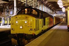 Big Beasty at London Liverpool st. (Chris Baines) Tags: test london st train liverpool rail network 37175