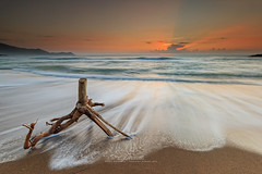 Dingalan, Sunrise 2016 (Emil Jaranilla) Tags: ocean light sun water sunrise landscape waves seascapes pacific tag philippines aurora chasing dingalan seascaes