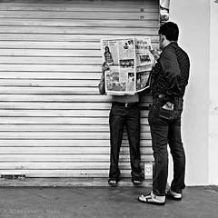 Singapore (ale neri) Tags: street people blackandwhite bw asian reading newspaper singapore asia indian streetphotography aleneri alessandroneri
