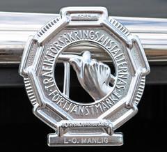 1953 Volvo PV 831 (crusaderstgeorge) Tags: cars volvo sweden lo gvle sverige pv classiccars 1953 831 jrnvgsmuseum blackcars manlig jrnvgsmuseet 1953volvopv831 trafikfrskringsanstalternasfrtjnstmrke 1985insurancebadge 10skadefriar insurancedong 10yearaccidentfree