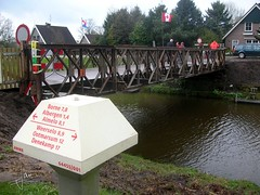 Kanaal Almelo-Nordhorn 2005 - Baileys brug (glanerbrug.info) Tags: 2005 holland mushroom netherlands wwii nederland pilze paysbas twente champignon overijssel paddestoel niederlande kanaalalmelonordhorn secondeguerremondiale tweedewereldoorlog oorlog19401945