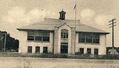 Selkirk - Devonshire School (vintage.winnipeg) Tags: canada history vintage historic manitoba selkirk ruralmanitoba