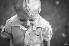 OF-Ensaio-Caio-271 (Objetivo Fotografia) Tags: family trees boy love folhas nature smile ensaio plantas child amor natureza rita son famlia diverso alegria sorriso criana caio pai filho menino me rvores correr simpatia pequeno detalhes guri amado folia cosquinha folhagem sapeca delicadeza delicado loiro lajeado risadas ccegas volnei objetivofotografia manuelakunzler barrancadorio